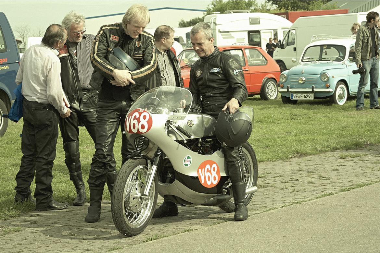 Classic_Motorcycle_Racing_004_web