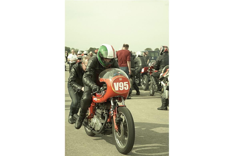 Classic_Motorcycle_Racing_005_web