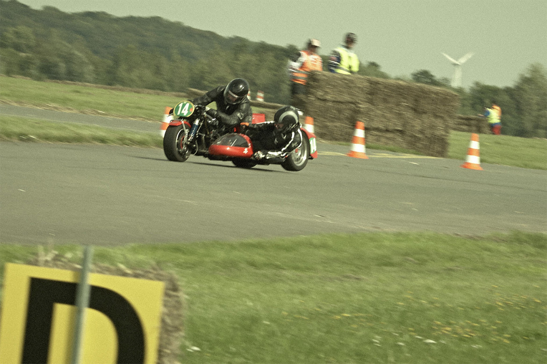 Classic_Motorcycle_Racing_011_web