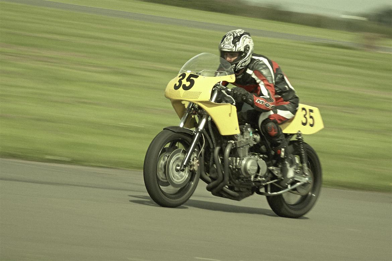 Classic_Motorcycle_Racing_014_web
