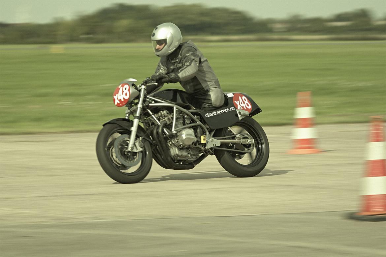 Classic_Motorcycle_Racing_019_web
