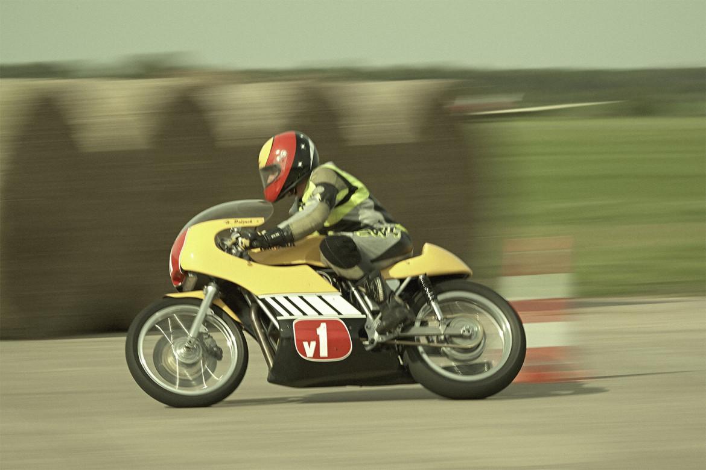Classic_Motorcycle_Racing_021_web